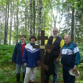 5. Meillä kaikilla on juuret Palojärvellä (Kaija Salmio, Raija Pyöli, Kari Koslonen, Vilho Paussoi).
